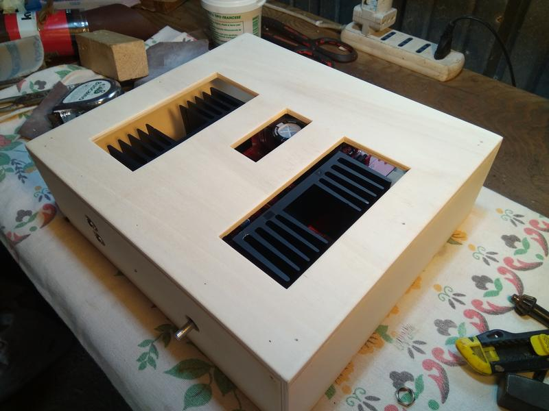 Cabinet in legno per AF-N IMG-20181016-162510