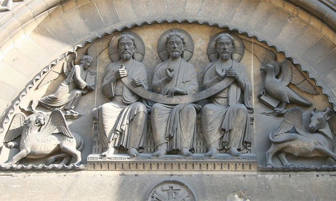 La Sainte Trinité, explication complète par Clarisse Delorient - Page 2 Sainte-trinite-caen-688po
