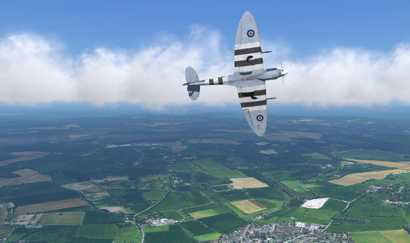 Spitfire-Glos-03-1350.jpg?dl=1