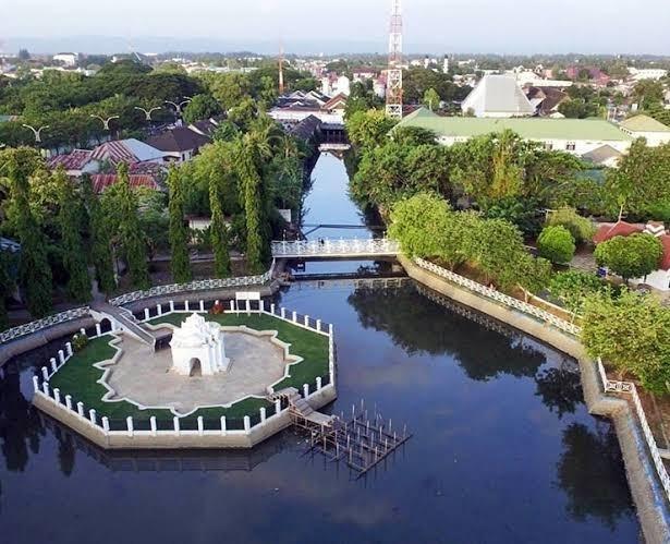 Taman Putroe Phang Di Acheh Berkait Dengan Pahang